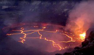 بالفيديو… حمم بركانية في هاواي