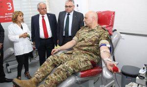 العماد عون للصليب الأحمر: لن نقدر على مكافأتكم مهما فعلنا