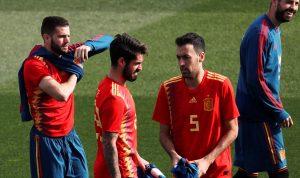 """مفاجآت """"صادمة"""" في تشكيلة إسبانيا لكأس العالم"""