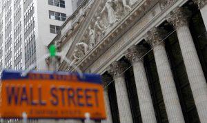 الأسهم الأميركية تهوي بعد تصعيد جديد مع الصين
