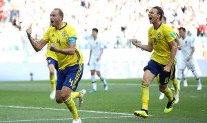 السويد تهزم كوريا الجنوبية وتشعل المعركة مع ألمانيا