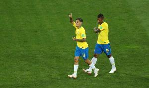 """بالفيديو: هدف اول """"مجنون"""" للبرازيل في كأس العالم!"""