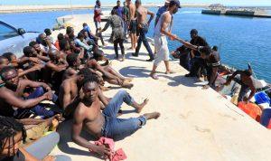 غرق 220 شخصا قبالة سواحل ليبيا
