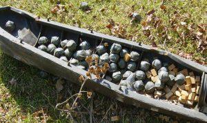 العثور على قنبلة عنقودية في تول