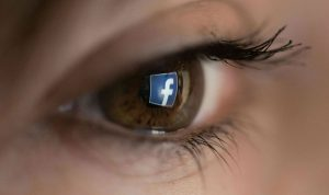 """دراسة: كيف تكشف اكتئاب شخص عبر """"فيسبوك""""؟"""