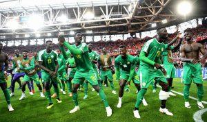 بالفيديو: رقصة لاعبي السنغال تأسر مواقع التواصل