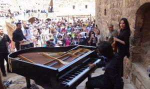 """بعد تكريمه في مهرجان """"كان"""" .. حرفوش يتألق في """"قلعة طرابلس"""""""