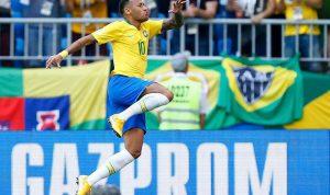 """حلم """"السادسة"""" مستمر…البرازيل تُمتع وتتأهل"""