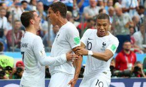 فرنسا تحلّق نحو نصف النهائي!