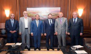 حزب الله مصرّ على توزير سنة المعارضة