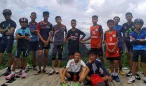 """بالصور: رسالة بخط اليد من """"أطفال الكهف"""" في تايلاند إلى أهلهم"""
