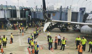 اصطدام طائرتين في مطار شيكاغو