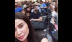 """بالفيديو: سيرين عبد النور توثق زحمة المطار """"شو هالمسؤولين انتو"""""""