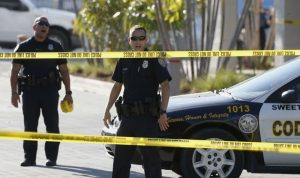 بالفيديو والصور… قتلى وجرحى في حادثة إطلاق النار في فلوريدا