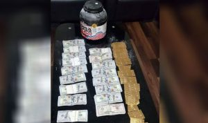 سرق 190 ألف دولار من داخل خزنة منزل في دوحة عرمون