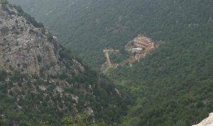 هل توقّفت أعمال الحفر في محمية جبل موسى؟