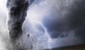 إعصار قوي يتجه إلى شرق اليابان