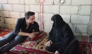 """بالفيديو: سألت ولي عهد الأردن """"كيف أبوك""""… فكيف ردّ؟"""