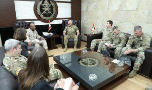 قائد الجيش بحث مع وفد أميركي علاقات التعاون بين جيشي البلدين