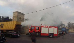 حريق نفايات وإطارات في الكرنتينا