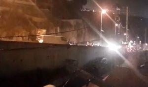 بالفيديو: انزلاق سيارات وصدم أشخاص على أوتوستراد المتن السريع