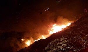 اخماد حريق بالقرب من معمل نفايات صيدا