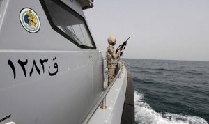 بعد تهديدات إيران بإغلاق مضيق هرمز وباب المندب.. كيف ردت السعودية؟