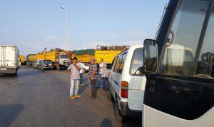 بالصور – اتحادات النقل البري تعتصم أمام المرافئ: مستمرون بالتحرك