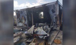 بالصور: حريق منزل للنازحين السوريين في بنت جبيل
