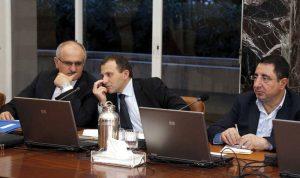 انهيار الاقتصاد اللبناني يلوح في الأفق