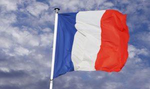 فرنسا تتابع التطورات: للحفاظ على سلمية الاحتجاجات