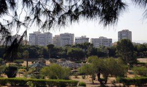 """""""أولاد الدولة"""" يعتدون على أملاكها: حرش بيروت يُقضم ويتبدّد"""