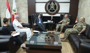 قائد الجيش بحث مع السفير الفرنسي في الأوضاع العامة