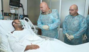 بالصور: قائد الجيش تفقد العسكريين الجرحى بعملية الهرمل