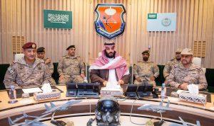 ولي العهد السعودي يتفقد الحدود اليمنية