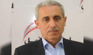 الخواجة: التناتش على الحقائب أمر معيب