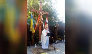 تمثال القديس شربل في أوكرانيا