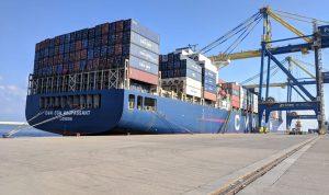 وصول سفينة الحاويات إلى مرفأ طرابلس