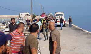 بالصور: إنقاذ لاجئين سوريين من الغرق مقابل شاطئ عكار
