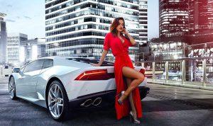 إلى الرجال… تعلموا القيادة من النساء!
