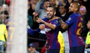 برشلونة ينفرد بالصدارة على حساب إنتر بغياب ميسي