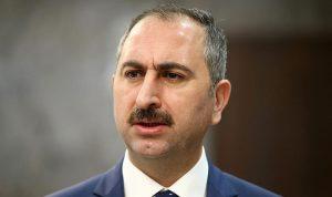 وزير العدل التركي: القس الأميركي لم يحصل على البراءة