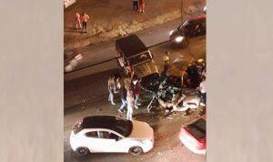 قتيلان وجريحان في حادث سير على طريق عام عجلتون