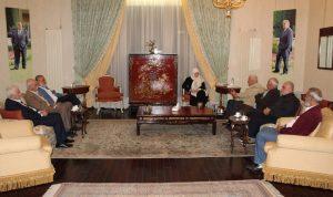 """الحريري عرضت مع """"فتح"""" أوضاع مخيم المية ومية"""