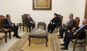 """""""حزب الله"""" عن لقاءات بعبدا: """"هزّة عصا"""""""
