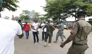 55 قتيلًا في خلاف بين عتّالين مسيحيين ومسلمين في نيجيريا!