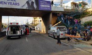 4 جرحى بحادث سير على أوتوستراد عمشيت
