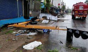 """مقتل 11 شخصا بإعصار """"جاجا"""" جنوب الهند"""
