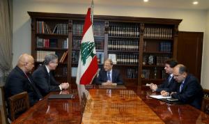 عون لنائب رئيس البنك الدولي: مستمرون في مكافحة الفساد