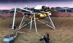 """""""إنسايت"""" أول مركبة أميركية تهبط على سطح المريخ"""